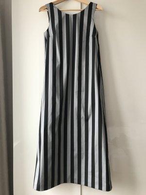 NEU! Stylisches Kleid von Intrend by Max Mara