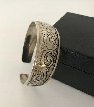 Bracelet de bras argenté