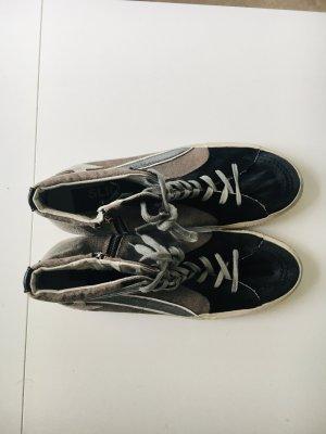 Golden Goose Sneaker alta nero Pelle