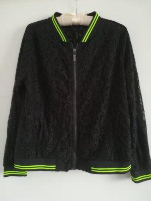 NEU/UNGETRAGEN: Sportliche Jacke mit Spitze von SPLASH USA, Gr. 40