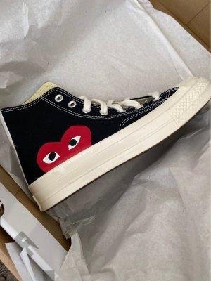 Comme des Garçons Lace-Up Sneaker black-dark red
