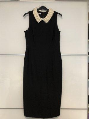 Neu ungetragenes Kleid mit Perlenkragen