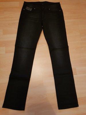 NEU Verkaufe Jeans Gr. 32 von Amisu in schwarz mit Nieten