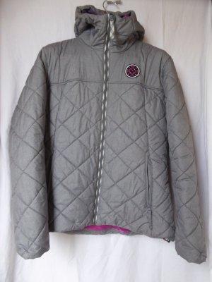 NEU: Warme, graue Winter-Jacke mit Kapuze