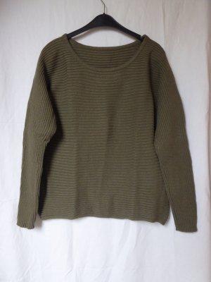 NEU: Warmer, khakifarbener Pullover