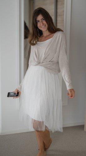 Szyfonowa sukienka biały
