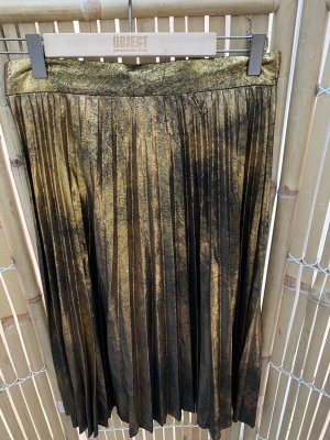 Neu Zara Plisseerock Gr. 36 Winterrock