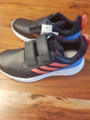 Neue Adidas Schuhe Gr. 4,5