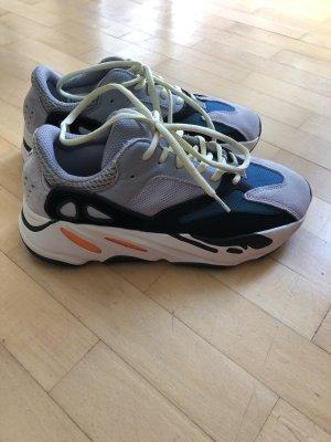Neue Adidas Sneakers aus Japan