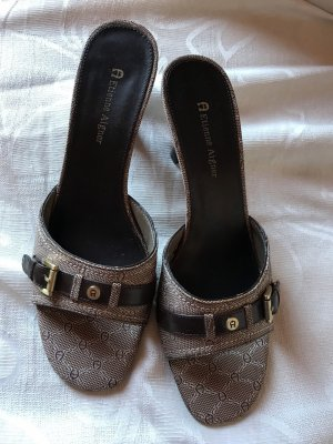 Neue AIGNER Sandaletten