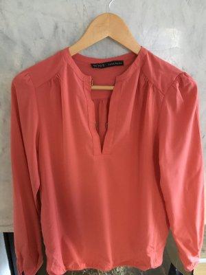 Neue Bluse von Zara mit Etikett