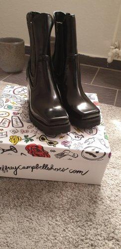 Neue Boots