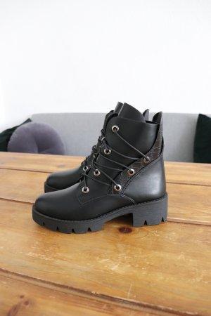 Neue Boots Stiefeletten von Reserved Größe 38 Snake Schlangen Muster Animal Print