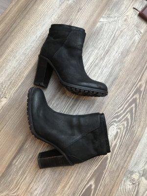 Alisha Zipper Booties black