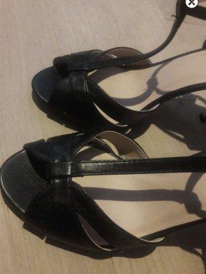 Neue Buffalo Sandaletten