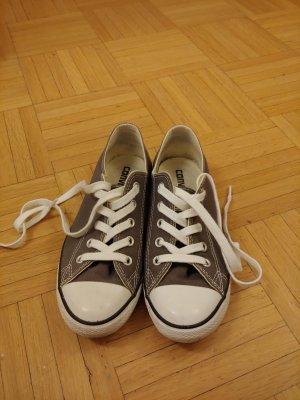 Neue Converse, nie getragen