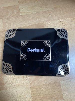 Neue DESIGUAL Handtasche in Metallbox