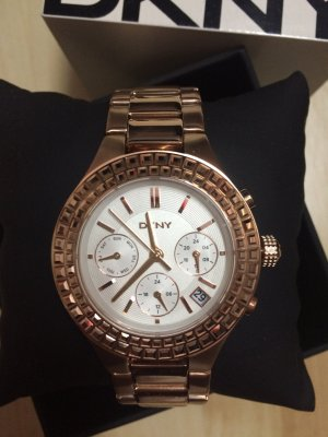 Neue DKNY Chronograph Uhr in rosegold