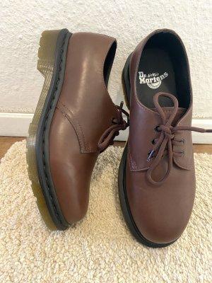 Neue Dr.Martens Core 3 Loch Schuhe in braun