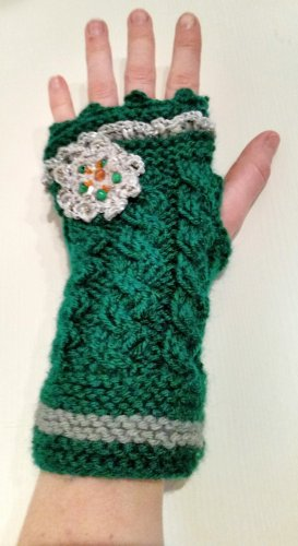 Knitted Gloves dark green-white wool