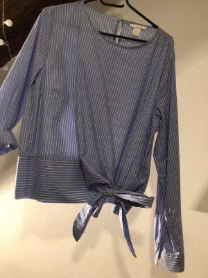 Neue gestreifte Bluse