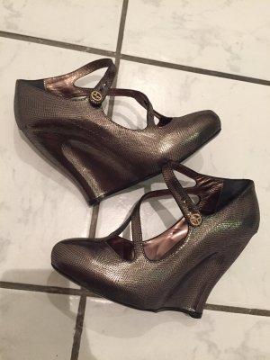 Neue Giorgio Armani Keilabsatz Schuhe in Größe 39