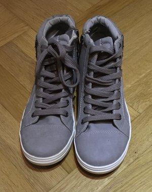 Neue graue Sneaker von TOM TAILOR