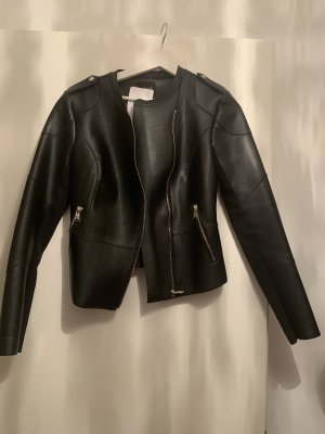 Neue Guess Jacke mit Etikett