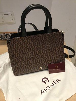 Neue Handtasche von Aigner