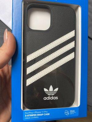 Neue Handyhülle von Adidas