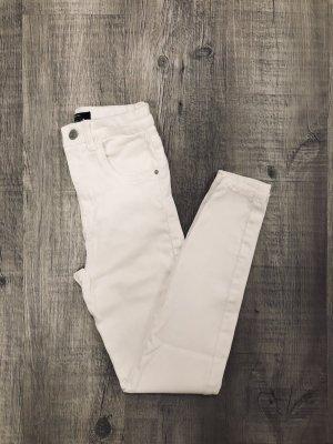 Neue High-waist Jeans bershka