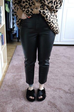 Neue High Waist Kunstleder Hose von H&M Divided Größe 40 gerader Schnitt Straight