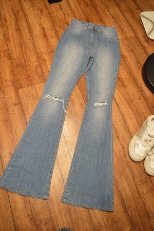 Neue High Waist Schlag Jeans mit Cut Fashion Nova Gr.5/36