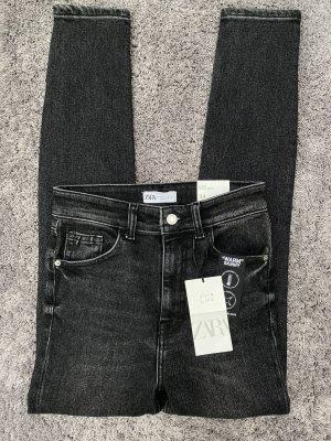 Neue Highwaist Hi Rise Ankle Length Jeans von Zara
