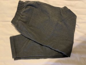 Pull & Bear Pantalon chinos gris foncé