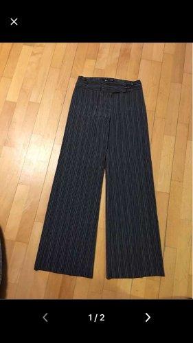 Neue Hose von Mango Gr 38 schwarz mit dünnen weißen Streifen