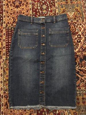 Neue Jeansrock