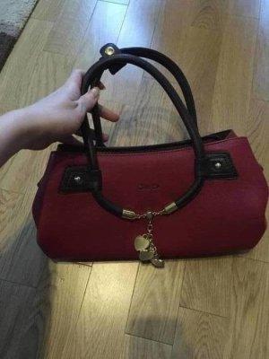 Neue kleine Tasche