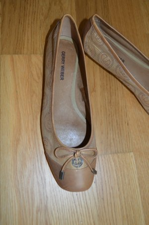Gerry Weber Ballerinas with Toecap sand brown-brown leather
