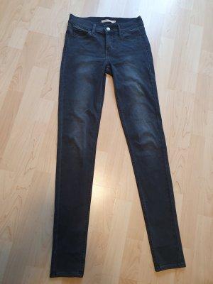 Neue Levi's Jeans