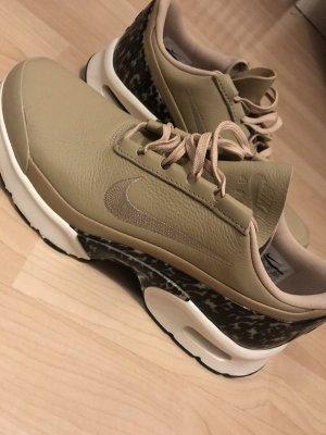 Neue limitierte Nike Schuhe