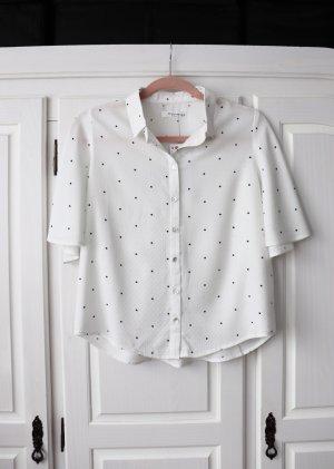 Neue lockere Bluse von Reserved Größe M mit Struktur und Punkten