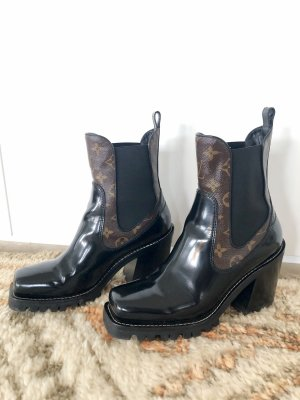 Neue Louis Vuitton Monogramm Star Trail Boots