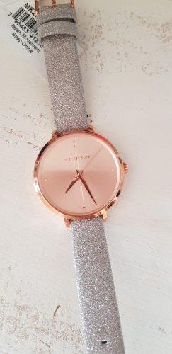 Neue Michael Kors Armbanduhr mit Etikett
