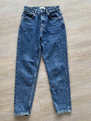 Neue mom fit Jeans Zara Gr S in Marineblau