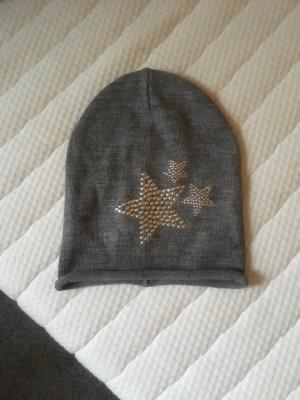 Neue Mütze