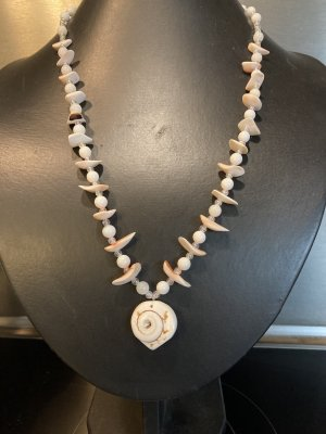 Shell Necklace natural white-salmon