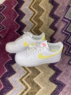 Neue Nike Air