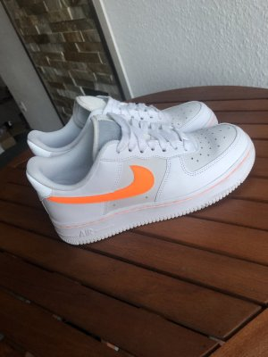 Neue Nike Air Force 37,5