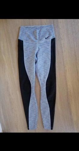 Neue Nike Leggings Grösse XS